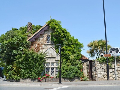 Debourne Lodge, Isle of Wight, Cowes