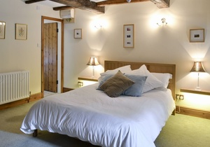 Riven Oak, Cumbria 5