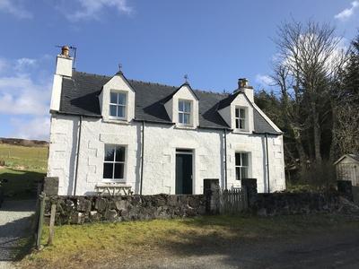 6 Knott, Isle of Skye, Portree