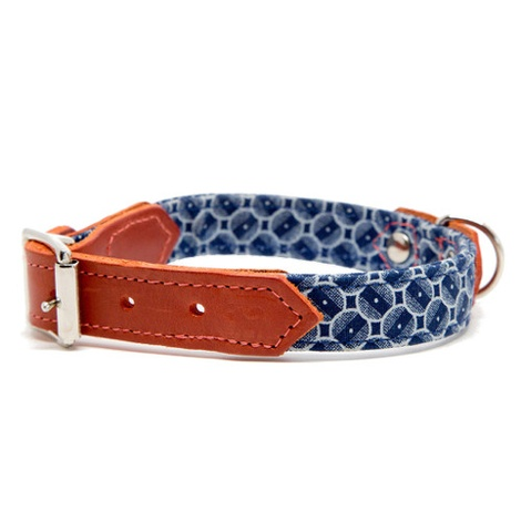 Shweshswe Navy Circles Dog Collar
