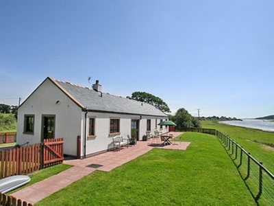 Martha's Shore Cottage, Dumfries and Galloway, Dumfries
