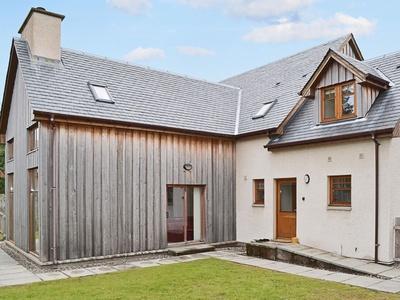 Trium Cottage, Highland