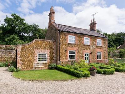 Ivy Cottage, Ingoldisthorpe, Norfolk