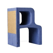 Catworks - Scratching Post - Letter R - Blue