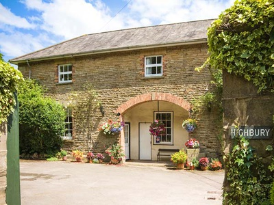 Carriage Apartment, Gloucestershire, Lydney
