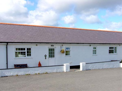 2 Black Horse Cottages, Isle of Anglesey, Pentraeth