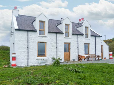 Red Chimneys Cottage, Isle of Skye, Dunvegan