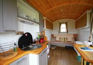 Llangennith Scamper Holidays - Classic Shepherd Hut, Swansea 5