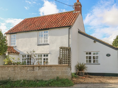 Hollyhedge Cottage, Norfolk, Melton Constable
