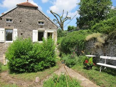 La Petite Maison - Burgundy, France