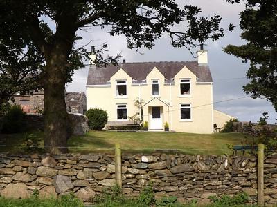 Pentreheulyn, Gwynedd, Carreglefn