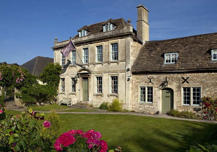 The Moonraker Hotel, Wiltshire 1