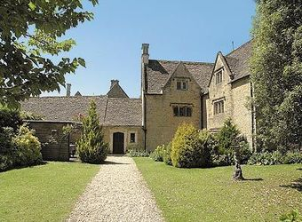 Foxes Manor, Gloucestershire