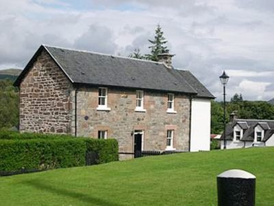 Lockside (lower Flat), Highland, Fort Augustus
