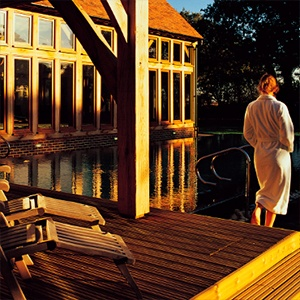 <strong>Bailiffscourt Hotel & Spa, West Sussex</strong>: Unwind in the fabulous spa after a long walk by the sea with Fido.