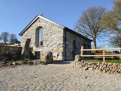 The Granary, Gwynedd, Pentrefelin