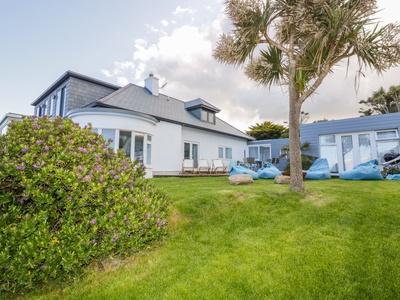 Blue Bay Beach House, Cornwall, Newquay