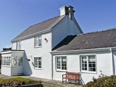 Tyddyn Gyrfa Cottage, Isle of Anglesey, Cemaes Bay