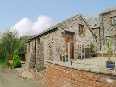 Orchard Close, Cornwall, Woodford
