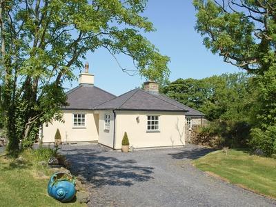 Y Potel Inc, Isle of Anglesey, Dwyran