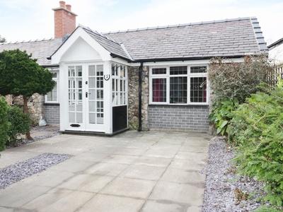 1 New Inn Terrace, Denbighshire, Rhyl