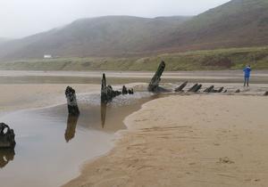 Rhossili Scamper Holidays - Dylan Shepherd Hut, Swansea 4