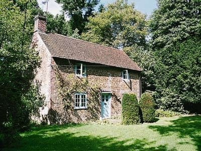 Yew Tree Cottage, Hampshire, Passfield