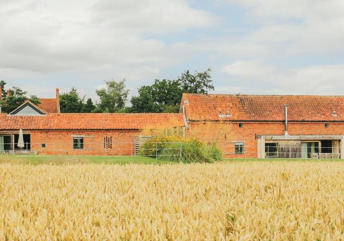 Quaker Barns - Quaker Barn, Norfolk 1