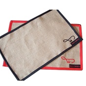 Jeeves & Woofter - Red Trim Food Mat