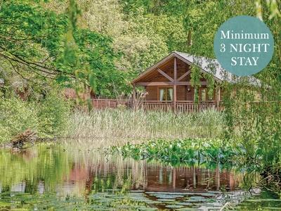 Tilford Woods Lodge Retreat, Surrey, Farnham