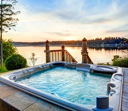 Inspiration 10: Cottages with Hot Tubs