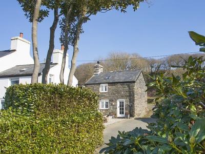 Little House, Gwynedd, Llandecwyn