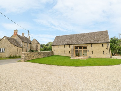 The Old Great Barn, Gloucestershire, Lechlade