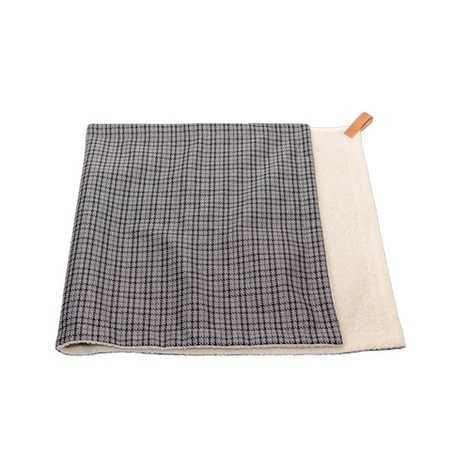 Dog Blanket - Fabric and sherpa wool - Henley