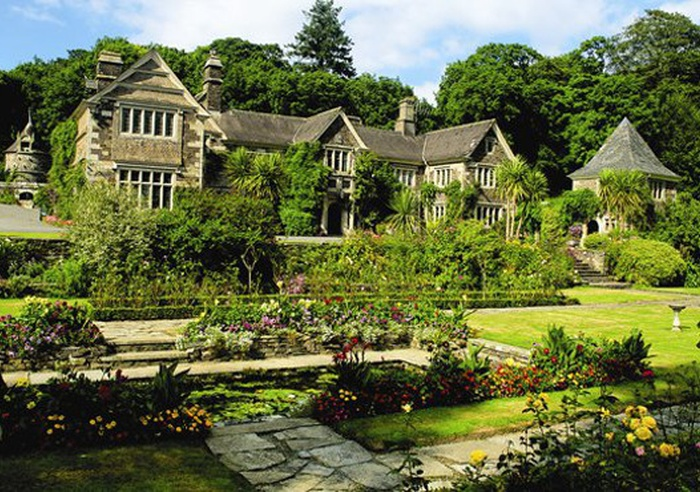 Lewtrenchard Manor, Devon 1