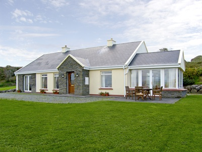 Lough Currane Cottage, Waterville