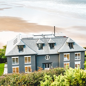 <strong>Chalet-Saunton, Devon</strong>: The perfect coastal retreat for you and your four-legged friend.