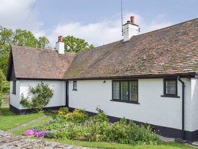 Kingshill Farm Cottage, Buckinghamshire