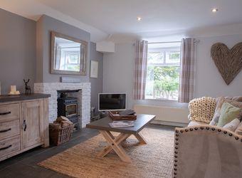 Baytree Cottage - Beaconside