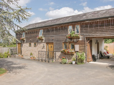 Broxwood Barn, Herefordshire, Leominster