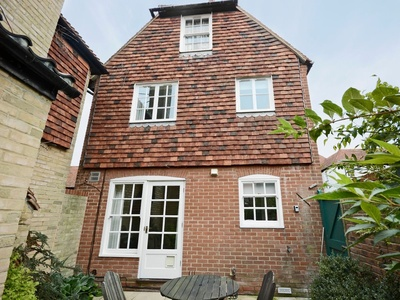 Stour Cottage, Kent, Sandwich