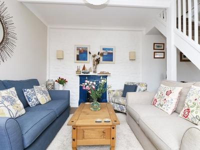 4 Elm Terrace, Cornwall, St. Austell