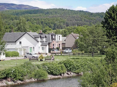 Earnside Cottage, Perth and Kinross, Comrie