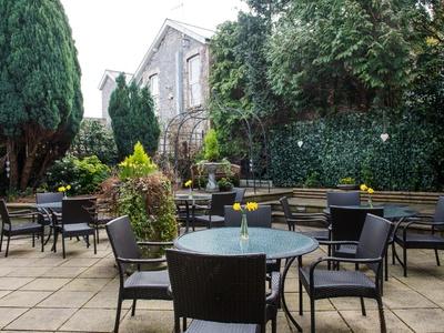 Bear Hotel Cowbridge, Wales