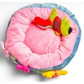 The Green Dog Bed with Dog & Heart Dog Toy 5