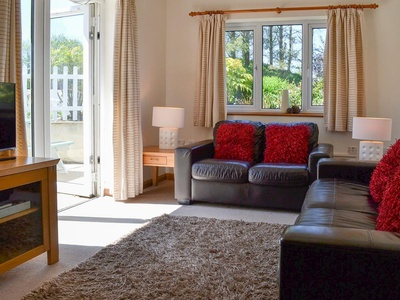 Bluebell Apartment -b6849, Devon, Bideford