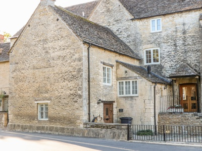 The Snug at Arlington Mill, Gloucestershire, Cirencester