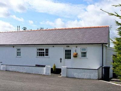 3 Black Horse Cottages, Isle of Anglesey, Pentraeth