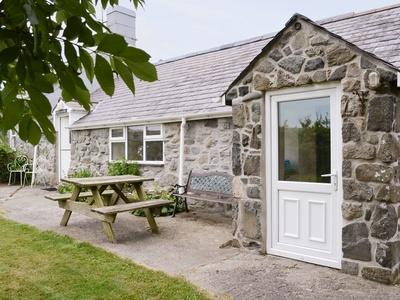Cyll Y Felin Fawr 2, Gwynedd
