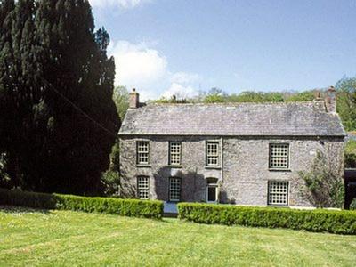 The Farmhouse, Cornwall, Saint Kew Highway